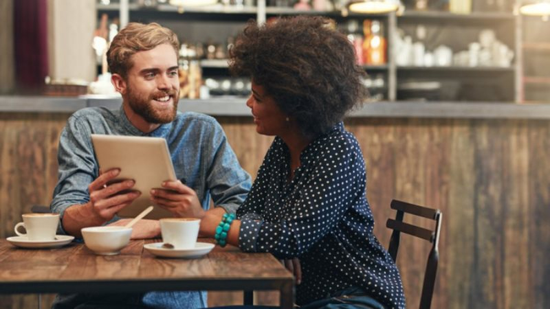 Dating and Job Search : Same Rules, Different Outcomes